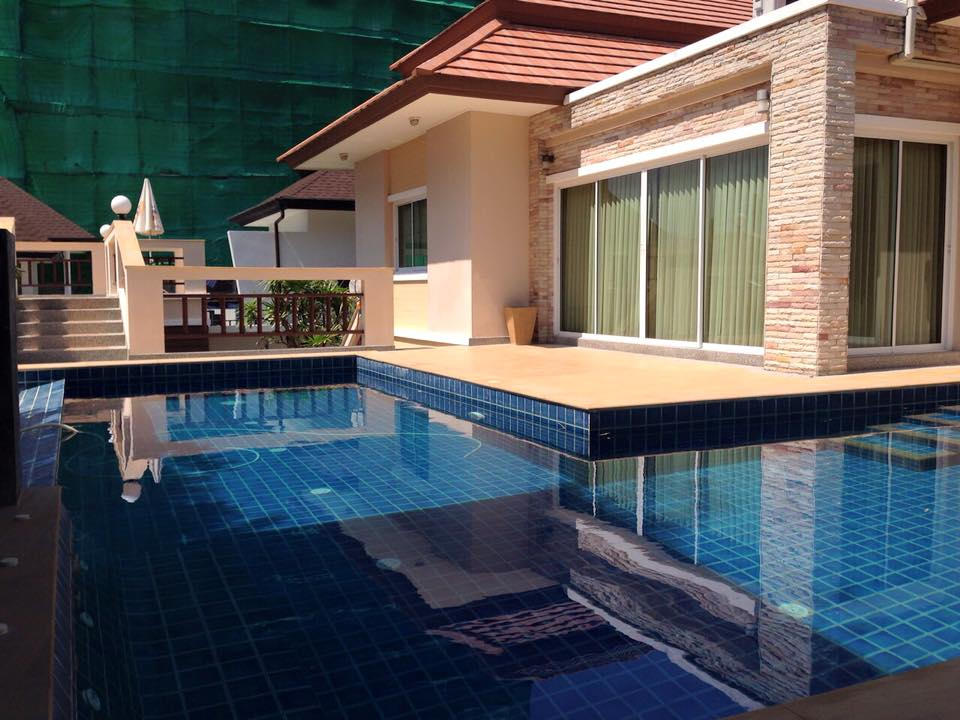 Villa in Rawai with Private Swimming Pool