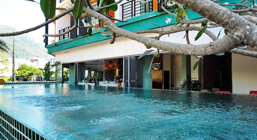 Hotel for Sale in Patong Beach - 189 Rooms