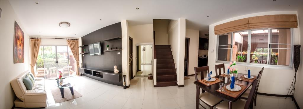 The Modern 3 Bedroom Townhouse - Laguna