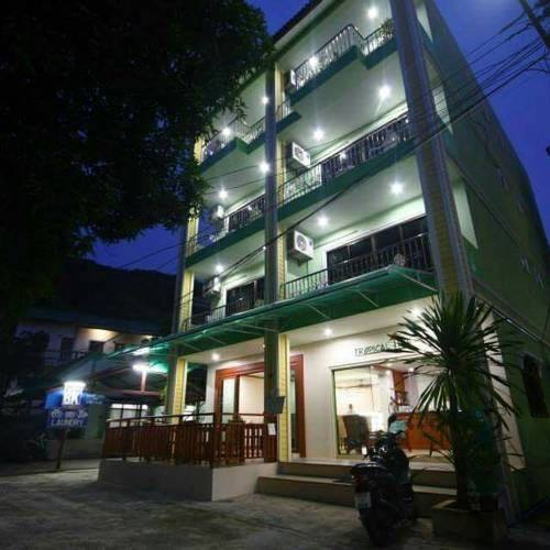 Guest House and Restaurant For Lease in Patong Beach
