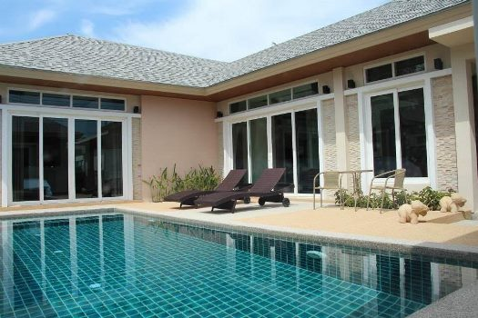 Private Pool Villa with  3 bedroom in  Rawai