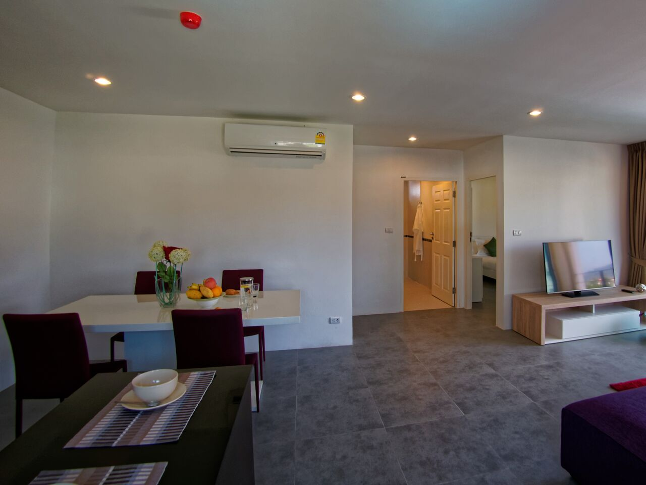 APARTMENT FOR SALE- 2 BEDROOMS FREEHOLD – PHUKET TOWN