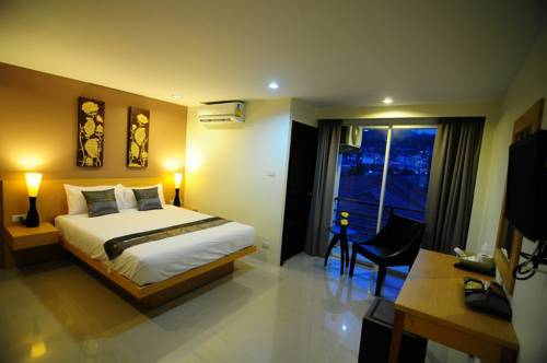Hotel For Lease – No Key Money - Patong beach