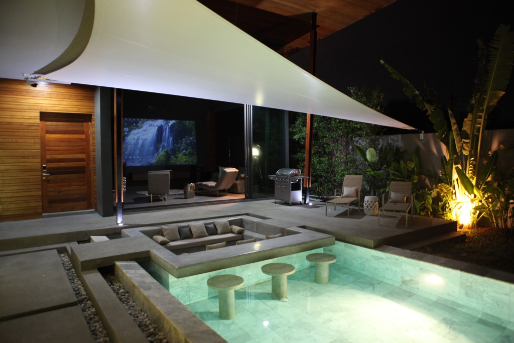 LUXURY POOL VILLA FOR SALE – NAI HARN PHUKET