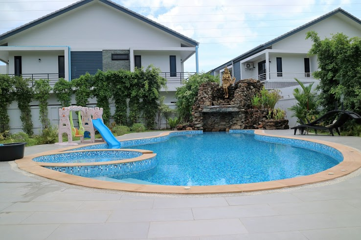 House with Private pool for sale - Kathu