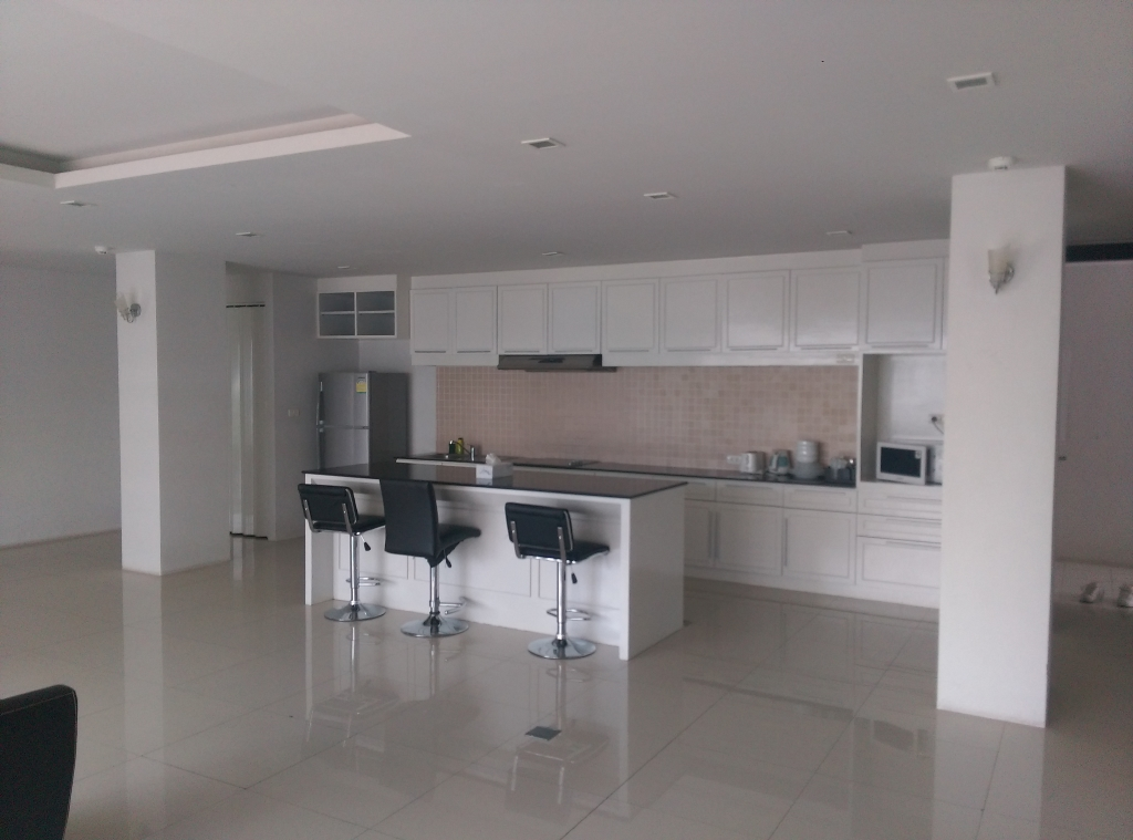 2 beds Penthouse for rent – Patong beach