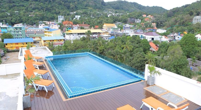 Hotel for Sale and Lease – Pool – Restaurant – Patong beach