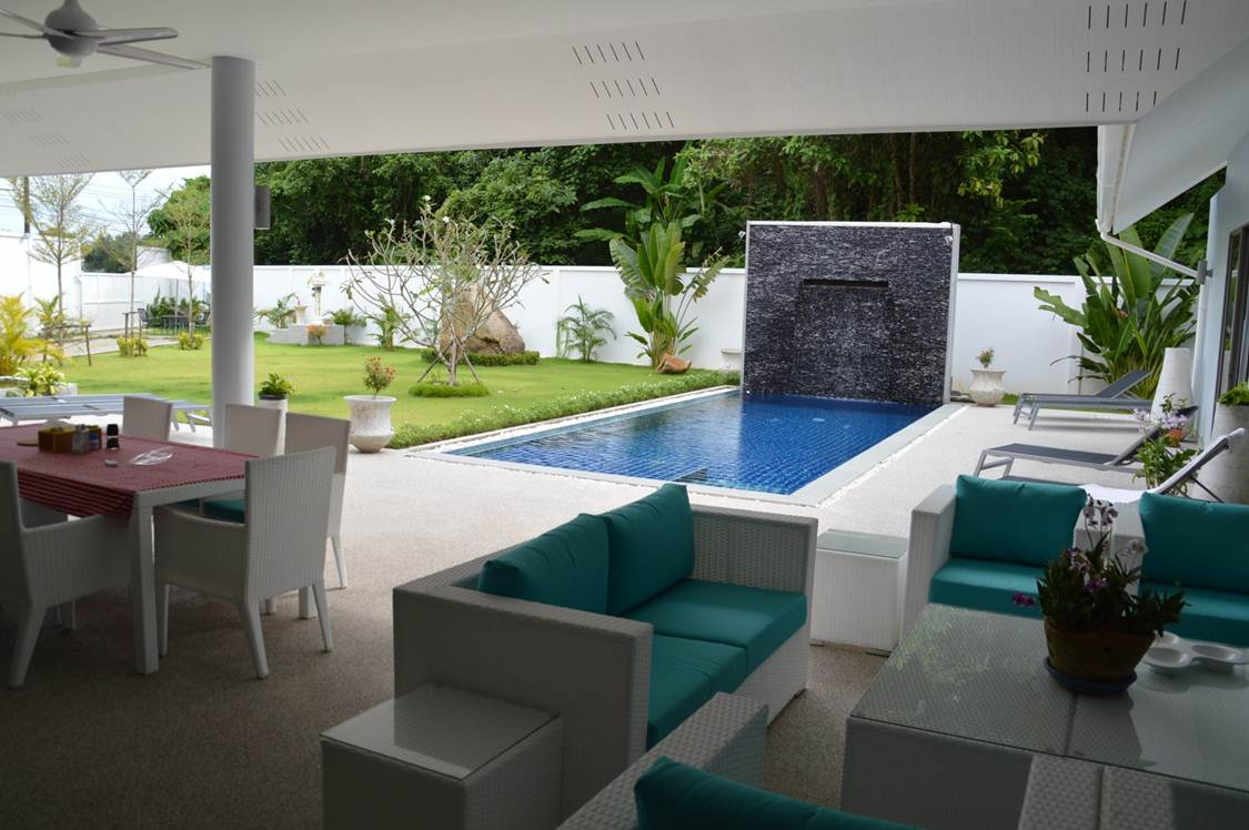 Stunning 3 bedroom Pool villa for Sale -  Chalong