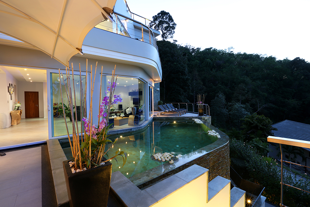 Luxury Villa for Rent - 6 Beds – Bangtao Phuket