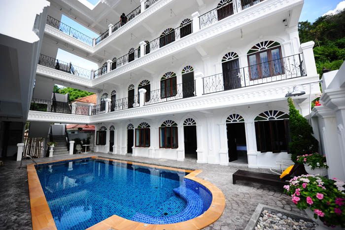 Hotel for Lease with Swimming Pool - Patong beach