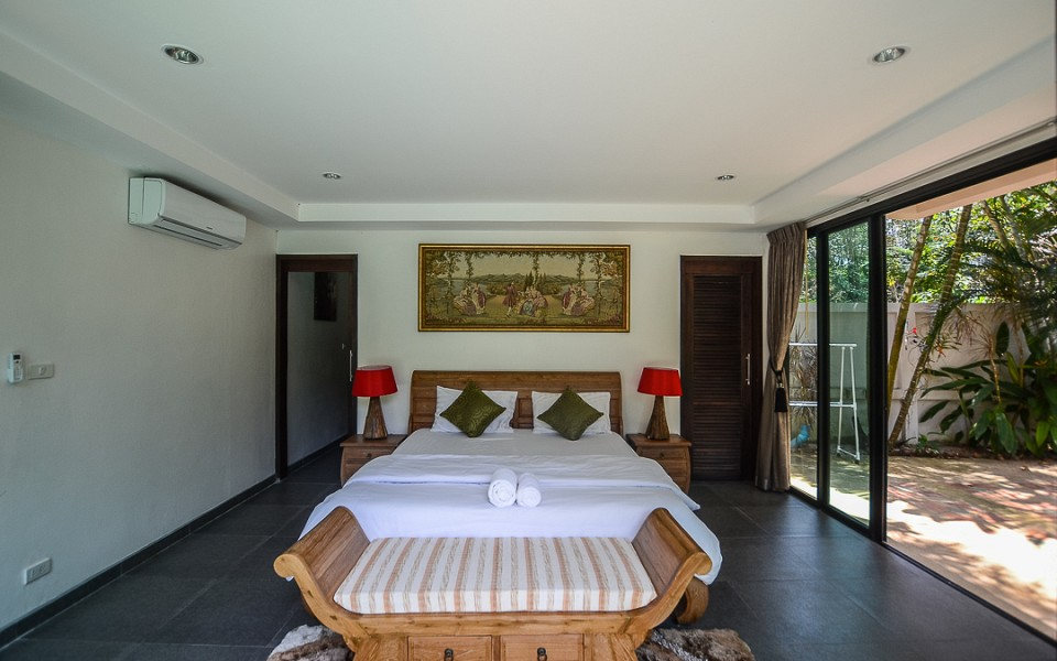 3 Bedrooms Private Pool House for Rent - Nai Harn