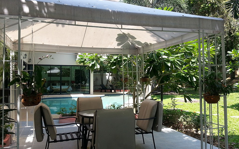 3 Bedrooms Private Pool House for Holiday Rent - Nai Harn