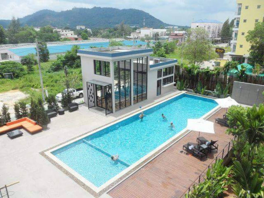 Luxury 72sqm Room+ balcony pool view +Jacuzzi