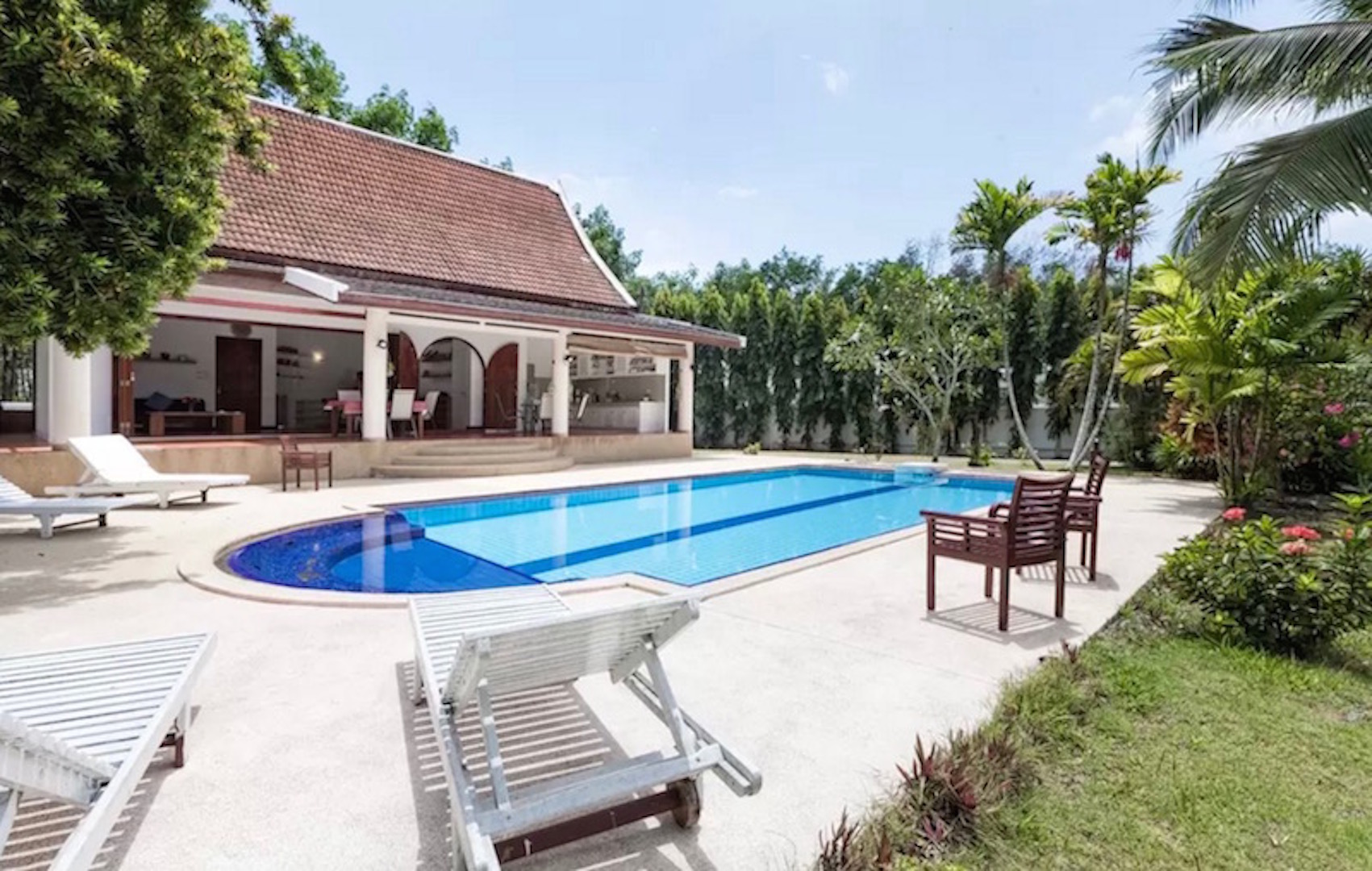 Private Pool Villa for Sale and Rent – Paklok, Thalang