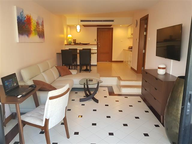 HOT DEAL.Condo Freehold at Kalim - Patong Beach.